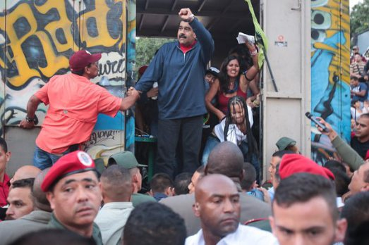 President Maduro campaigns in the December 2015 elections