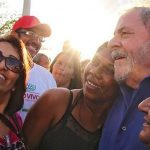Lula on the campaign's trail in the face of prison threats.