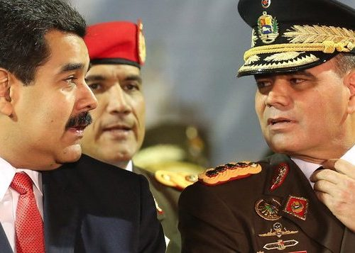 The head of State organises Venezuela's defence with the army.