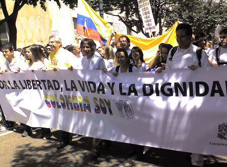 Demonstration in Colombia in support of Gustavo Petro, ex Mayor of Bogota.