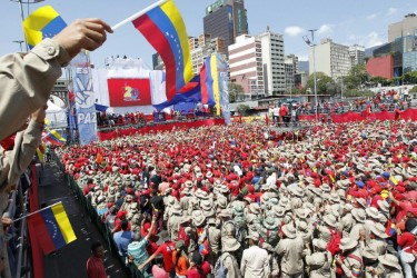 Mass demonstration of supporters of Nicola Maduro.