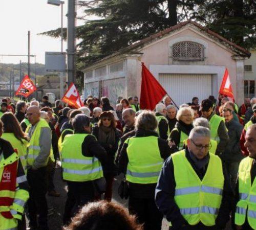 Gilets Jaunes in demonstration, Paris 2019